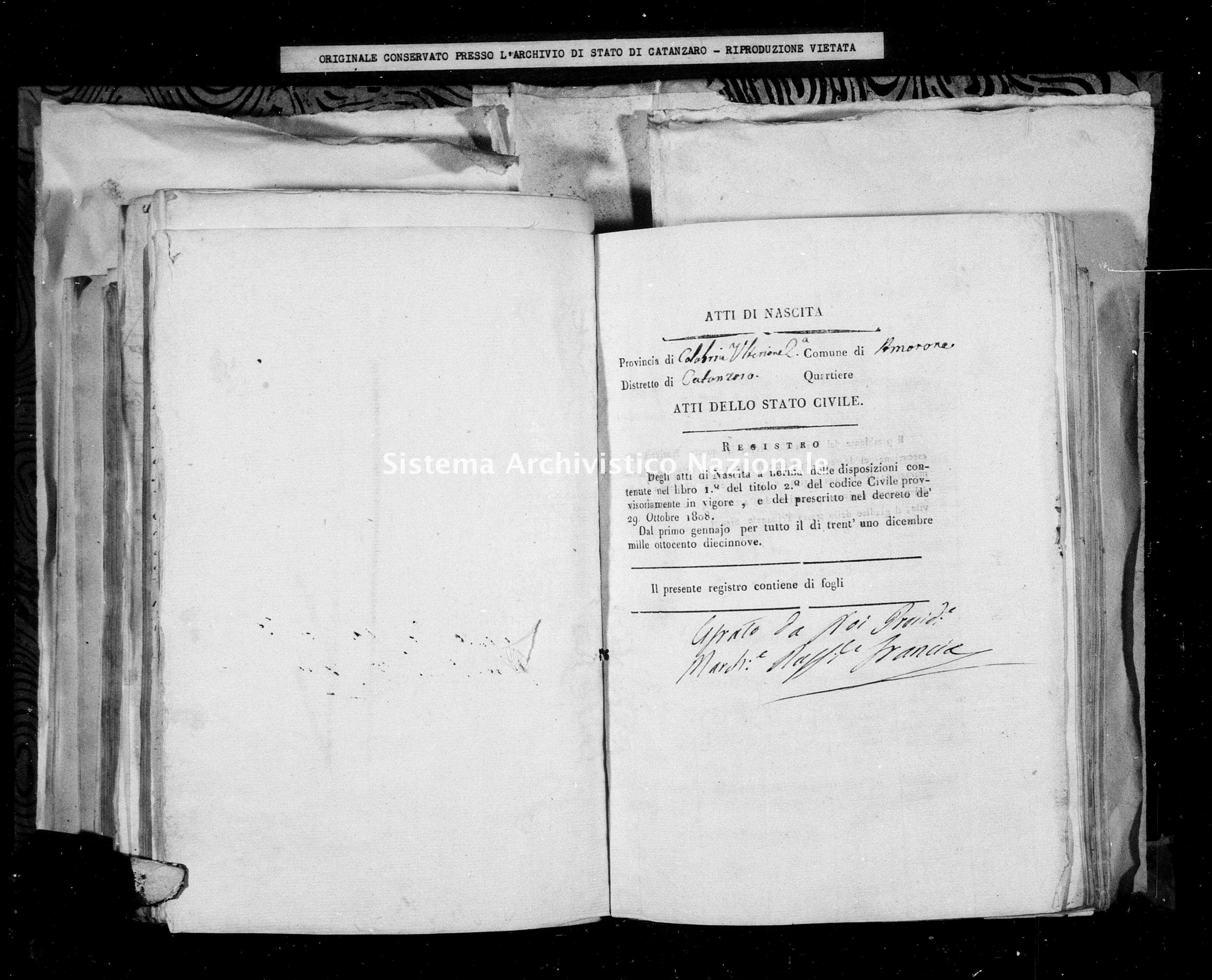 Archivio di stato di Catanzaro - Stato civile della restaurazione - Amaroni - Nati - 1819 -