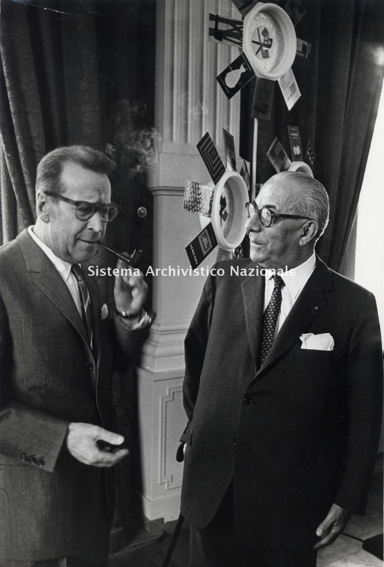 Mondadori, Arnoldo Mondadori con Georges Simenon, anni '50