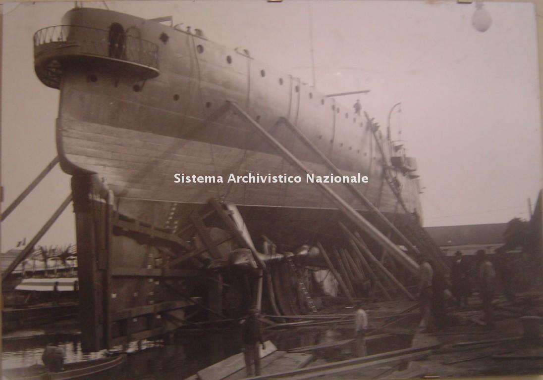 Cantiere navale Luigi Orlando, incrociatore in costruzione, 1911