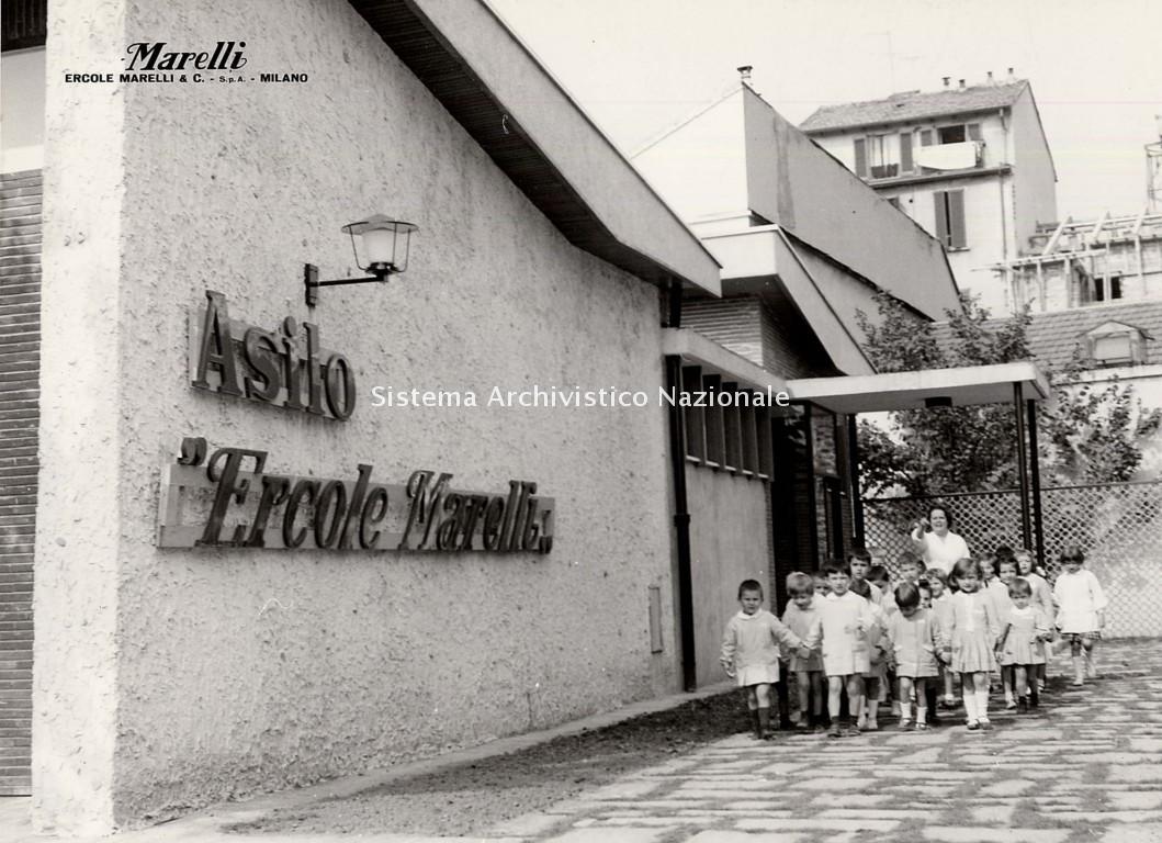Asilo aziendale Ercole Marelli, 1964