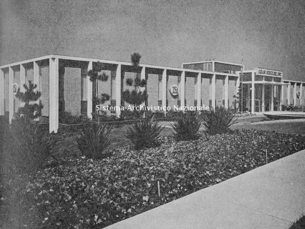 Farfisa, stabilimento della consociata californiana Lear Siegler Inc., 1965