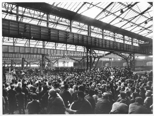 Breda siderurgica, assemblea dei lavoratori, Sesto San Giovanni 1971