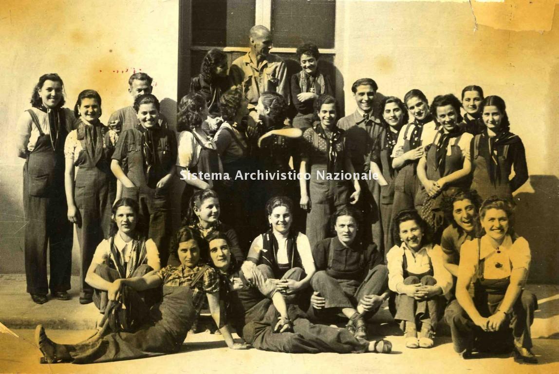 Jutificio Centurini, operai e filatrici, Terni 1938