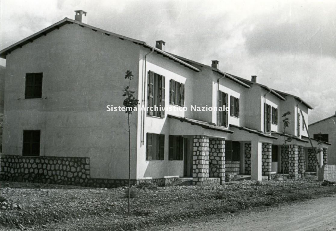 Marcello Vittorini, Borghi rurali del Fucino, 1952-1955