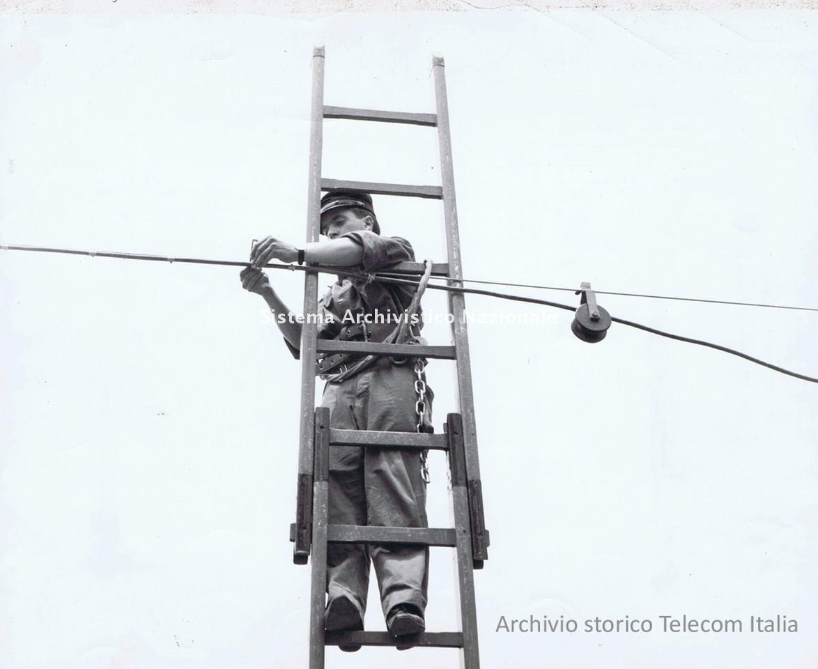 Stipel, operaio di rete, Milano 1962