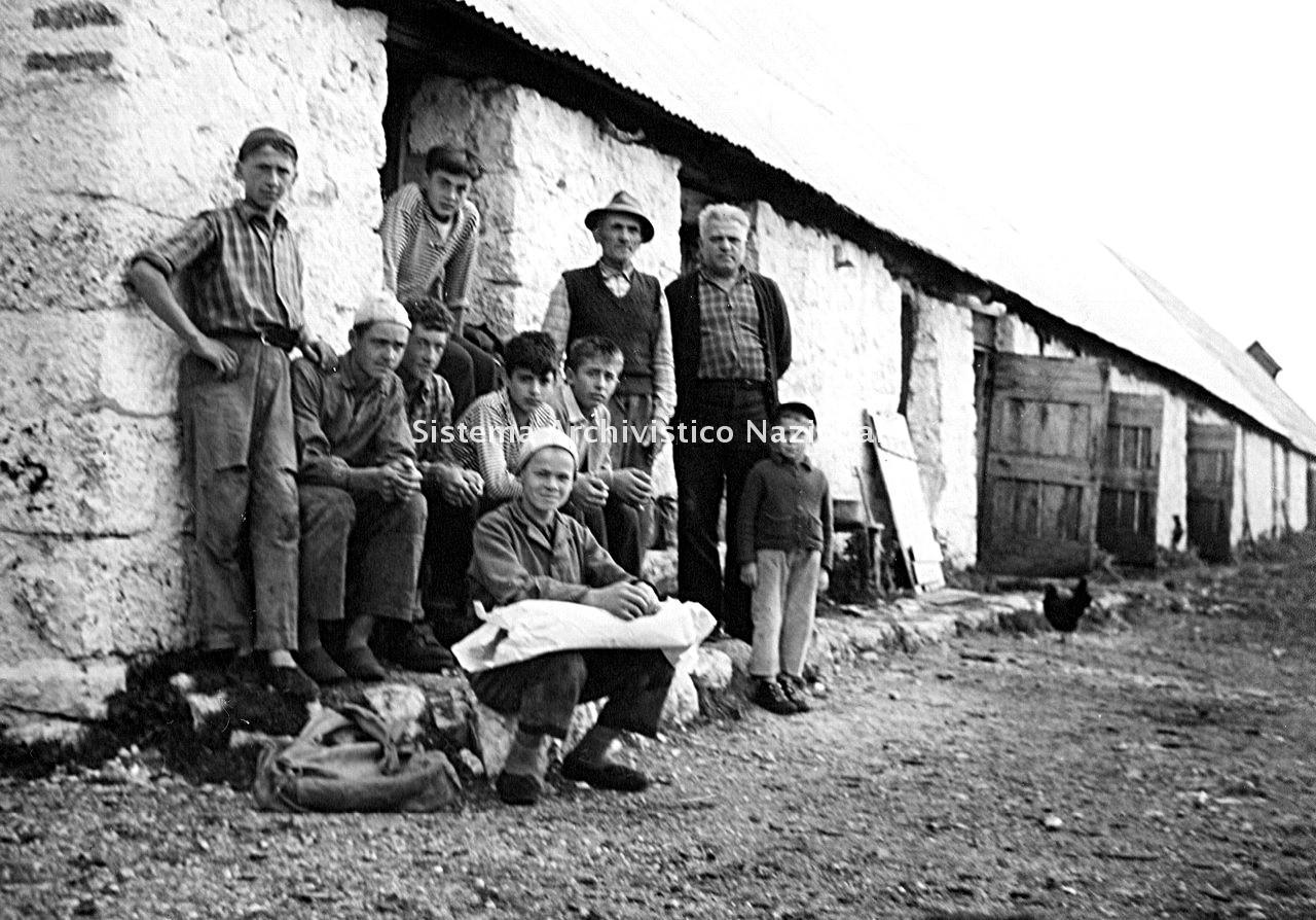 Archivio di Stato di Bergamo, Ente Nazionale per la Protezione Morale del Fanciullo, 9.3 Fotografie non collegate a documenti, 2/106