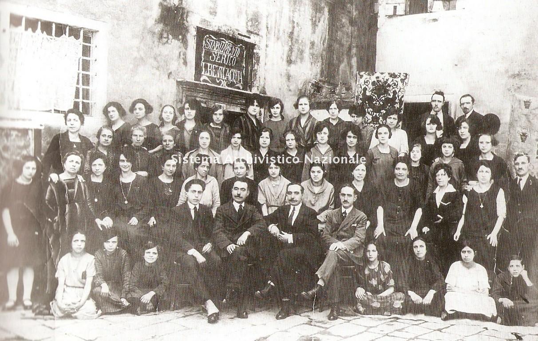 I fratelli Bevilacqua con le maestranze, Venezia 1923
