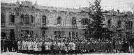 Foto di gruppo di maestranze e operai della Societ...