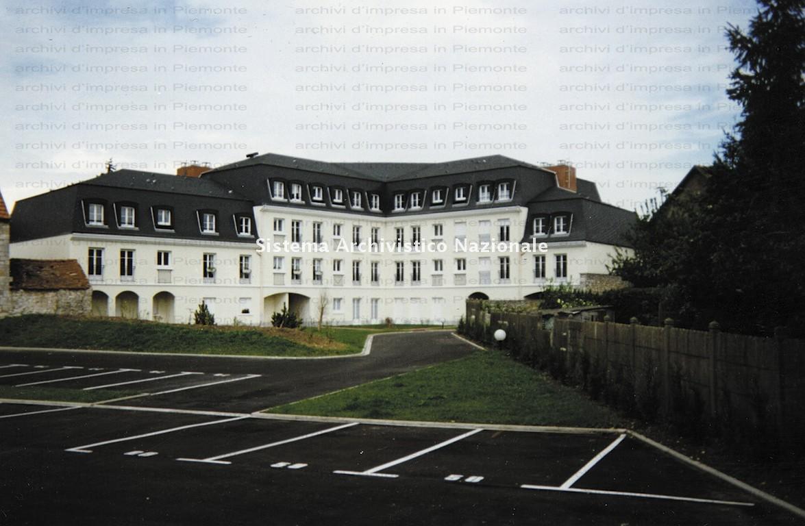 Borini & Prono Costruzioni spa, edificio residenziale, anni '90