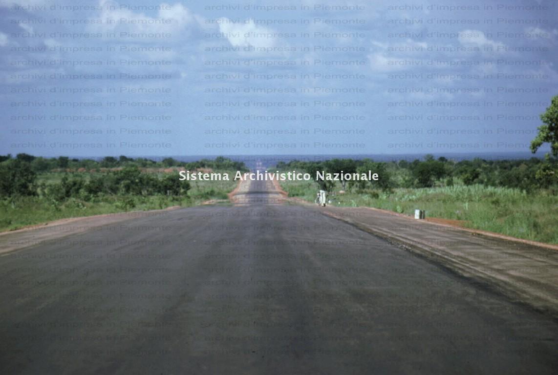 Borini & Prono Costruzioni spa, realizzazione di una strada, Nigeria anni '60
