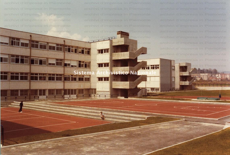 Borini & Prono Costruzioni spa, Liceo scientifico di Chieri, Torino 1975