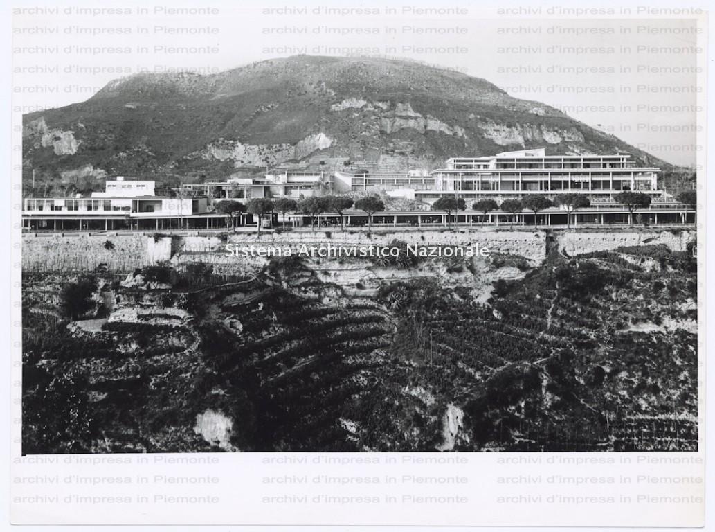 Stabilimento Olivetti, Pozzuoli 1949-1959
